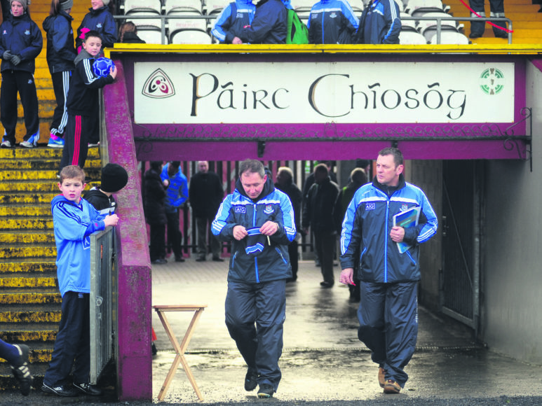 Key players return to face kildare